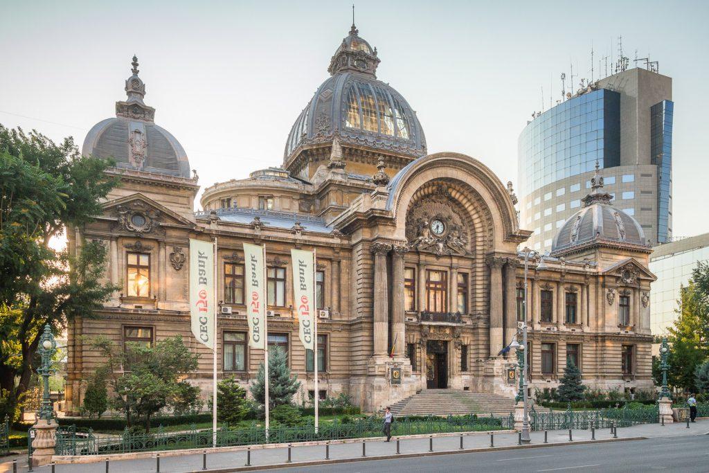 Eugen Teodorovici: CEC Bank își va deschide sucursale în afara țării pentru ca românii din străinătate să transfere bani fără comisioane bancare