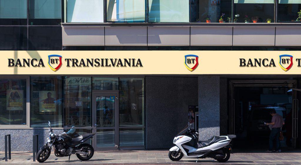 Maxime istorice în activitatea de Call Center a Băncii Transilvania: 1,6 milioane de interacțiuni cu clienții în primele sase luni. Banca pregăște noi canale de comunicare