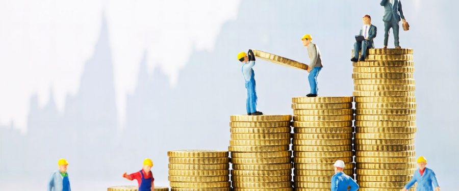 Angajaţii din sectorul bancar câștigă, în medie, 718 euro. În Europa Centrală, salariile bancherilor sunt duble, dar şi costul vieţii este pe măsură