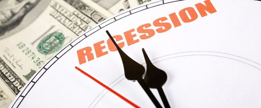 Economiştii se aşteaptă ca SUA să intre în recesiune în 2020 sau 2021