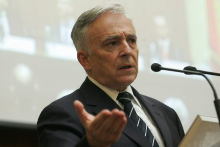 Mugur Isărescu: Am întărit politica monetară cu decizia de astăzi. Tărăboiul despre deprecierea cursului este efectiv exagerat
