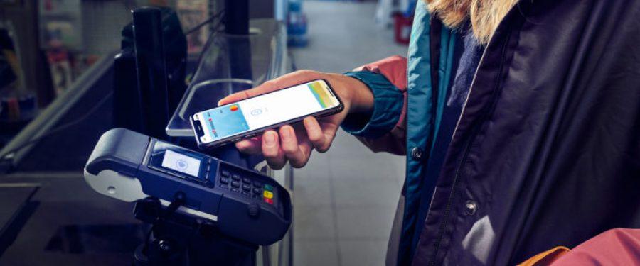 Apple Pay este disponibil clienților BCR, oferind încă o modalitate simplă, sigură și inteligentă de plată