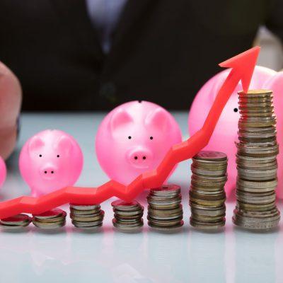 Ce trenduri impune apetitul băncilor pentru creditare: analiza dosarului de credit este taxată cu sume tot mai mici sau dispare încet-încet din grila de costuri