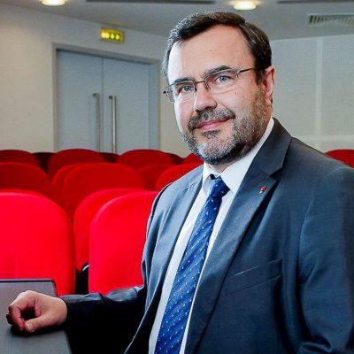 """PREVIZIUNI 2020. François Bloch: """"Industria bancară se schimbă într-un ritm foarte susținut. Acest lucru reprezintă, în egală măsură, o amenințare, dar și o oportunitate"""""""