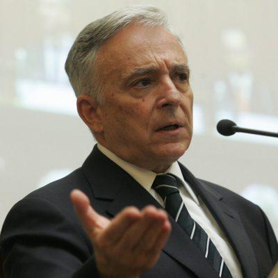 """Mugur Isărescu la început de an, despre majorarea pensiilor: """"Nu cred că trebuie să facem obsesii biblice, dacă nu vrem să rătăcim prin deșertul economic încă 40 de ani. Când economia crește cu 4%, nu poate ceva să crească cu 40%"""""""