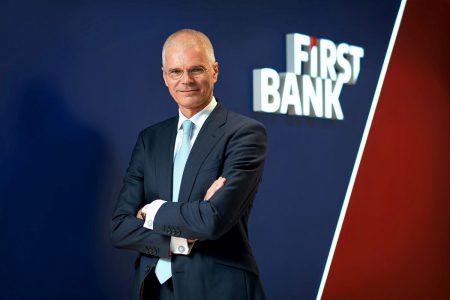 """Henk Paardekooper este noul șef la First Bank. """"Voi conduce banca printr-un proces de transformare în urma căruia să rezulte o entitate mai puternică și mai eficientă"""""""