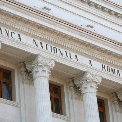 BNR menține dobanda cheie și reduce rezervele minime în valută