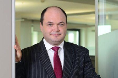 """Ionuț Dumitru, Raiffeisen Bank: """"România a fost tigrul Europei abia după cei 10 ani de rătăcire de după 1989. După anul 2000 am asistat la o creștere foarte rapidă a economiei. Românii au o foame de consum și investiții, după seceta din comunism"""""""