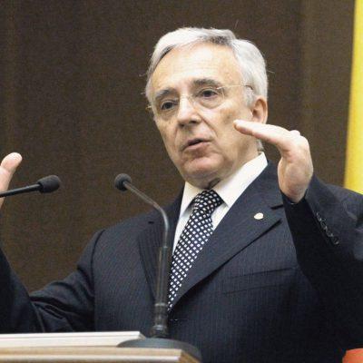 Mugur Isărescu explică concret de ce s-a apreciat leul și cum banii eliberați băncilor vor ajuta economia