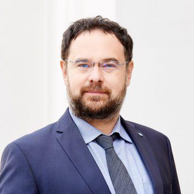 Asociația CFA Romania lansează testul independenței financiare, pentru a măsura pregătirea românilor pentru perioade mai grele. Adrian Codirlașu, CFA: Încurajăm oamenii să facă testul, să afle dacă și unde sunt vulnerabili și să ia măsuri, cât de mici