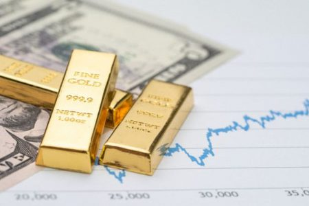 Saxo Bank: aurul strălucește pe măsură ce norii sunt tot mai negri: cea mai mare crestere săptămânălă din ultimii 11 ani!