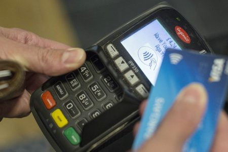 #Dreptullabanking: Valoarea tranzacțiilor cu cardurile de credit s-a dublat în 4 ani. Șase recomandări pentru utilizarea responsabilă a cardurilor