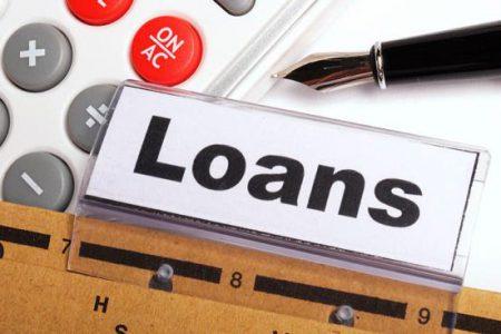 Asociaţiile de consumatori: Măsurile cu privire la amânarea ratelor nu sprijină în mod real debitorii, acordă beneficii substanţiale băncilor