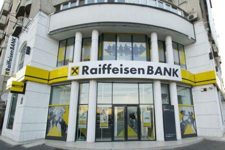 CORONACRIZĂ. Raiffeisen Bank își sprijină clienții IMM cu credite în derulare