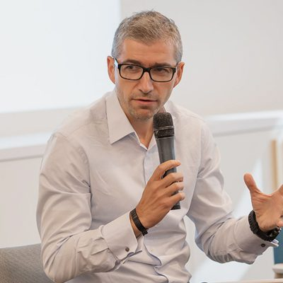 Banca Transilvania se va implica semnificativ în programul IMM Invest prin care firmele pot obține credite garantate de stat cu dobânzi subventionate. Tiberiu Moisă: este o măsură de sprijin binevenită pentru firmele româneşti