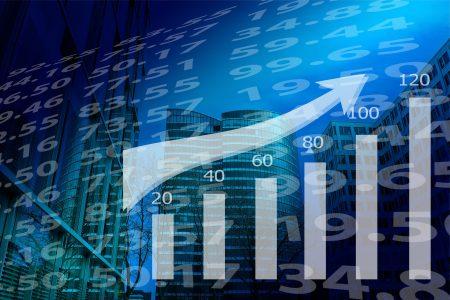 România a înregistrat cea mai mare creştere economică anuală din UE, iar UE anunță cel mai sever declin din 2009
