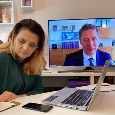 """CORONACRIZĂ. Sergiu Manea (BCR), în conferință online: """"Suntem deschiși pentru business! În ultima lună am aprobat companiilor finanțări de 500 milioane de euro. Criza de sănătate nu trebuie să se transforme într-o depresie economică"""""""