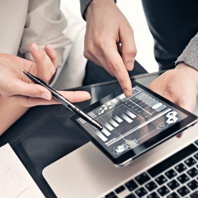 Criza COVID-19 accelerează digitalizarea industriei asigurărilor, elimină birocrația, va genera produse noi și un upgrade rapid pentru produse existente