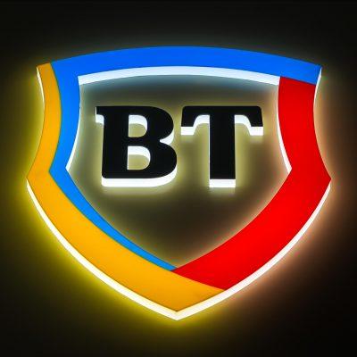 Antreprenorii pot deschide de la distanţă cont curent la Banca Transilvania. Iată Cei 7 paşi pe care o firmă trebuie să-i urmeze