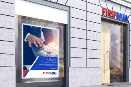 Experiență bancară 100% digitală: First Bank implementează semnătura electronică la distanță și își vinde toate produsele și serviciile online