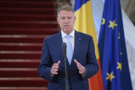 Klaus Iohannis, după întâlnirea cu Mugur Isărescu: o discuție destul de lungă despre deficitul bugetar și revigorarea economică