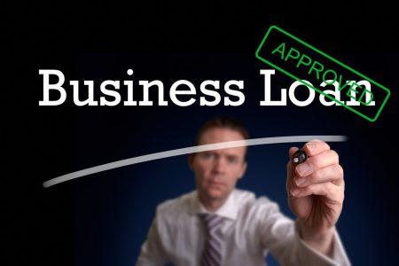 Comisia Europeană a aprobat schema de ajutor de stat pentru garantarea creditelor destinate companiile mari. Câți bani primesc firmele
