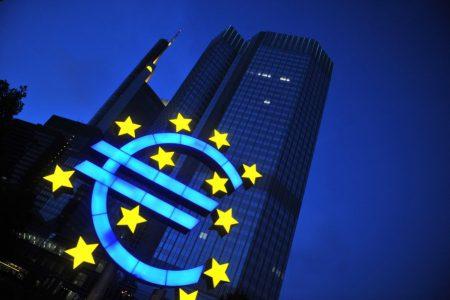 Comisia Europeană a aprobat un program de susținere a companiilor românești afectate de pandemie în volum de 800 milioane euro. Banii vor ajunge la IMM-uri prin EximBank
