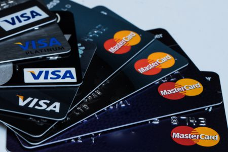 16 bănci din Zona Euro s-au reunit pentru a implementa un nou sistem digital de plată menit să anihileze Visa și MasterCard