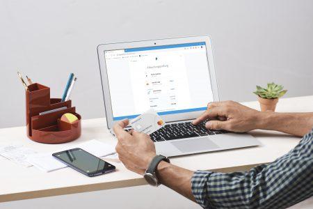 Mastercard și PayPal lansează soluția Instant Transfer în România. Utilizatorii au posibilitatea să își transfere banii din contul PayPal pe cardul lor Mastercard, în timp real