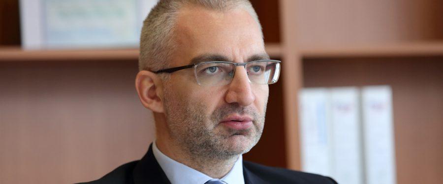 """Alexandru Păunescu (CSALB): """"Băncile trebuie să înțeleagă că asemănarea dintre un caz în care un consumator obține 65 de lei și unul în care banca șterge o datorie de 60.000 de euro ține de nemulțumirea consumatorului. Ambele cazuri trebuie privite cu aceeași atenție!"""""""