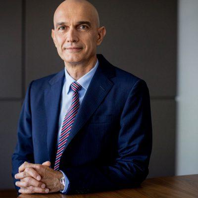 Din 2021, clienții IMM ai Raiffeisen Bank vor putea accesa credite 100% online. Vladimir Kalinov: Am testat intens, iar feedback-ul pozitiv ne motivează să continuăm dezvoltarea și să facem disponibil acest instrument de creditare rapid și eficient