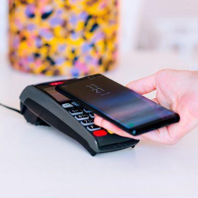 Cifrele BT Pay în 2020: Aplicația contribuie la formarea de comportamente noi: cumpărături, transferuri şi donaţii prin telefon