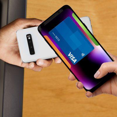 """Tehnologia Visa Tap to Phone, disponibilă în România. Elena Ungureanu, Country Manager: """"Ar putea fi una dintre cele mai radicale modalități de reinventare a experienței de cumpărături în mediul fizic"""""""