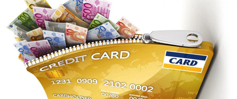 Pandemia a sugrumat apetitul românilor pentru carduri de credit. Băncile au pierdut în 6 luni aproape același număr de carduri ca în 2010, când România resimțea din plin efectele crizei financiare. Banca Transilvania și Raiffeisen Bank dețin o treime din piață cu portofolii similare