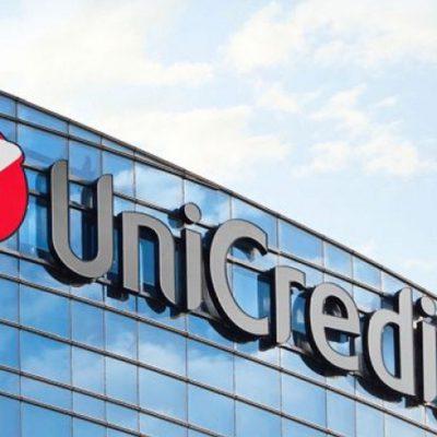 """UniCredit a primit din partea revistei americane Global Finance premiul pentru """"Best Foreign Exchange Provider"""" în România"""