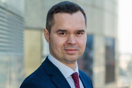 Gabriel Pralea este noul director responsabil cu administrarea rețelei de sucursale CEC Bank. Cu o experiență de 17 ani în banking, a mai lucrat la BCR și Unicredit Bank