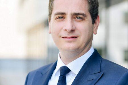 """Radu Dumitrescu, Deloitte: """"Este de așteptat ca tendința de consolidare a industriei bancare din România să ia amploare din cauza contextului generat de pandemie și a faptului că peste 70% din activele bancare locale sunt deținute de grupuri bancare străine"""""""