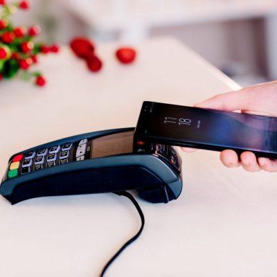 Clienţii Băncii Transilvania îşi pot actualiza datele personale inclusiv prin BT Pay