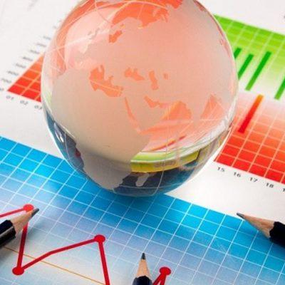Raport UniCredit. Economia României în căutarea normalității: revenire totală până la jumătatea anului 2022. Dobânzile ROBOR vor scădea sub 1,50%, creditele ipotecare se dezmorțesc