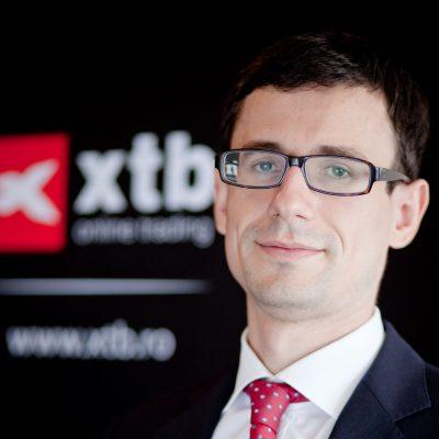Claudiu Cazacu, XTB România: Cotaţia euro/leu ar putea ajunge la 4,90 în următoarele 2 – 3 săptămâni