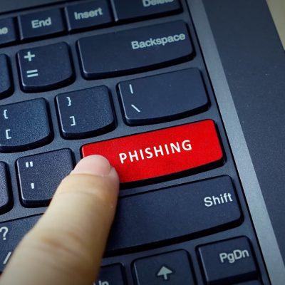 Politia Română atenționează! Există o campanie de phishing cu pagini clonate ale unor bănci. Recomandări pentru populație