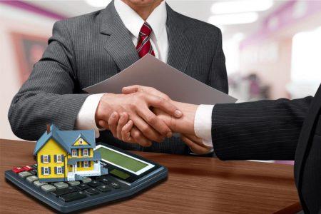 Un client s-a înțeles cu banca prin CSALB să beneficieze de o nouă amânare a ratelor după ce își suspendase deja rambursarea creditului pentru 9 luni