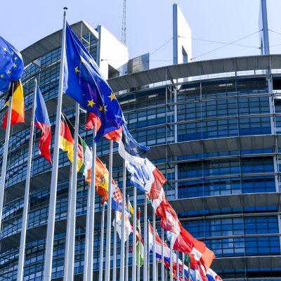 Decizie istorică: Parlamentul European a aprobat Mecanismul de Redresare și Reziliență. Statele europene vor primi peste 672 de miliarde de euro pentru contracararea efectelor pandemiei. Câți bani revin României