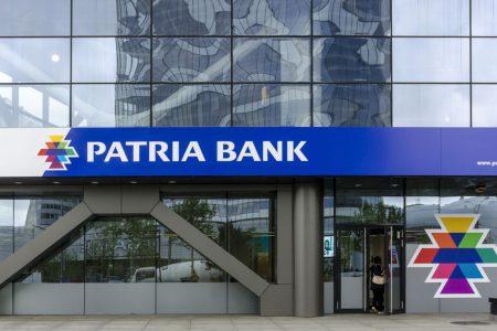 În 2020, Patria Bank a raportat un profit net de 2,8 milioane lei. Banca a suspendat plata ratelor pentru aproximativ 5% dintre clienti