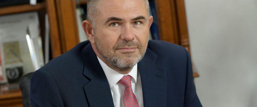 """Asociația Română a Băncilor a devenit membru afiliat al OECD/ INFE. Sergiu Oprescu: """"Ancorarea economiei României, prin aderarea ca stat la OECD, ar putea conduce la îmbunătățirea premiselor de dezvoltare economică"""""""