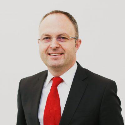 Sorin Drăgulin va fi noul CEO al UniCredit Consumer Financing România, după ce în ultimii 4 ani a coordonat în cadrul UniCredit Bank dezvoltarea portofoliului de produse adresat persoanelor fizice și IMM