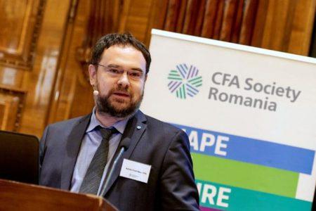 """Sondaj CFA: În următoarele 12 luni, cursul euro va trece de pragul psiholog de 5 lei, iar inflația va pune presiune pe BNR. Adrian Codirlasu: Se releva și posibilitatea majorării cu 25 bps a ratei de dobândă, în următoarele 12 luni"""""""