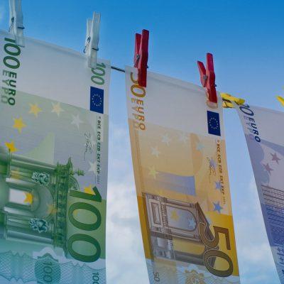 """UE va interzice tranzacțiile în numerar de peste 10.000 euro. """"Vrem un euro curat, nu un euro murdar"""", spune comisarul UE, Mairead McGuinness. Când apare pachetul legislativ denumit """"Big Bang"""""""