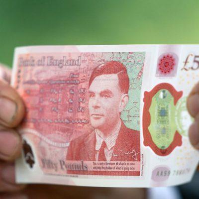 VIDEO. Banca Angliei a lansat în circulație noua bancnotă de 50 de lire sterline care îl omagiază pe Alan Turing