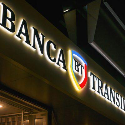 Prin BT, beneficiarii de granturi HoReCa au tranzacţii gratuite din subconturile dedicate şi acces la credite fără garanţii până la primirea grantului de la minister